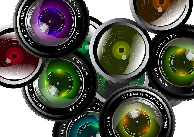 lens-430621_640